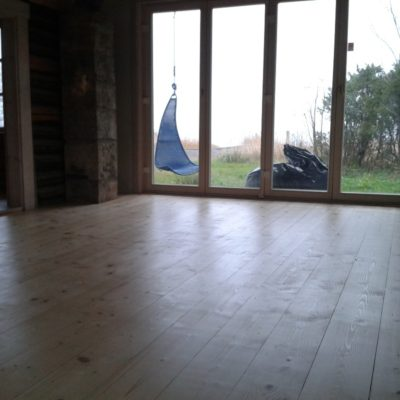 Laupõranda lihvimine 110m2 ja lakkimine Hiiumaal